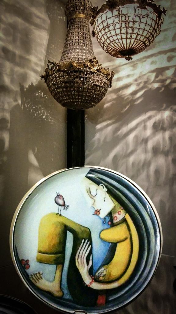 """""""Titok"""" - Hatvany Hollóházi Porcelán - Luxus neked."""