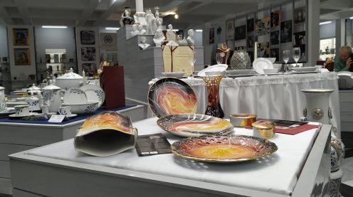 "Hatvany porcelain - ""ABUNDANCE"" - kollection - in the Porcelain Museum Hatvany porcelain - ""ABUNDANCE"" - kollection - in the Porcelain Museum"